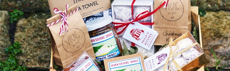 lewes hamper, lewes, sussex, handcrafted, local produce, small batch, organic tea, spices, chutney, turkish delight, fine bone china mug, tea towel, screen printed, made in the UK, lewes amp, merles kitchen, vrac, seven sistern spices, independent business, shop local, christmas present, gift